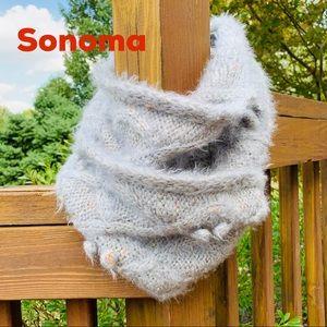 NWT Sonoma Gray Knit Infinity Scraf